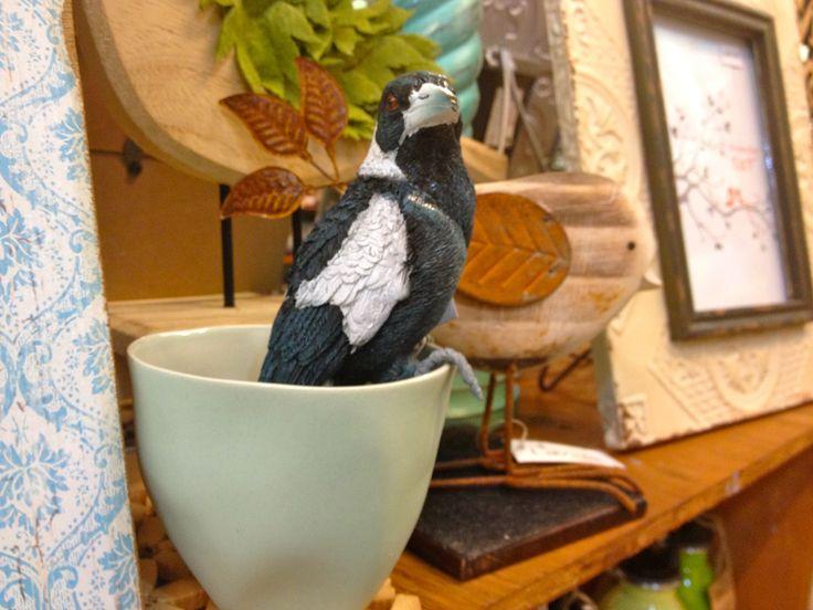 Magpie pot ornament ...