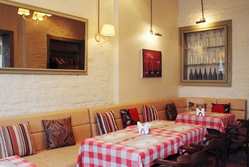 Tapas Bar - Spanish Cuisine and Wine - Why locals love it? I fell in love with this place at first sight. Though they don't display all the dishes like in a true Spanish restaurant, they don't lose out because of this. The food is amazing and very reasonably priced, the interiors are light and airy and the atmosphere is cosy, making you want to stay here for hours.