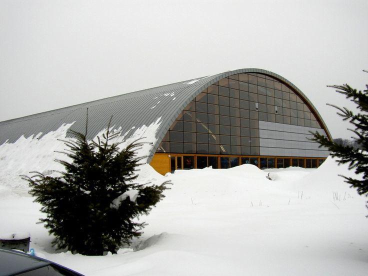 http://www.konstrukce-tesko.cz/wp-content/gallery/th-vendryne/Tenisova%20hala%20Vendryne%20%2001.jpg