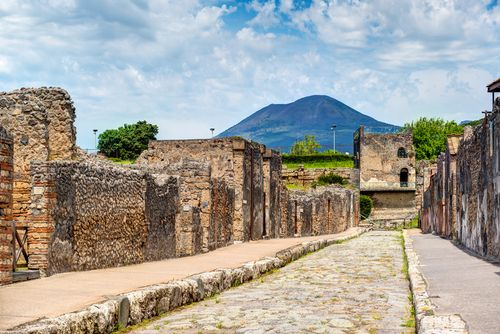 Calle de Pompeya                                                                                                                                                                                 Más