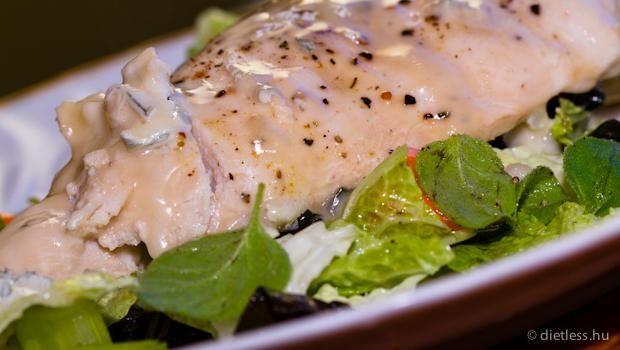 Gorgonzolas csirke zoldsegagyon