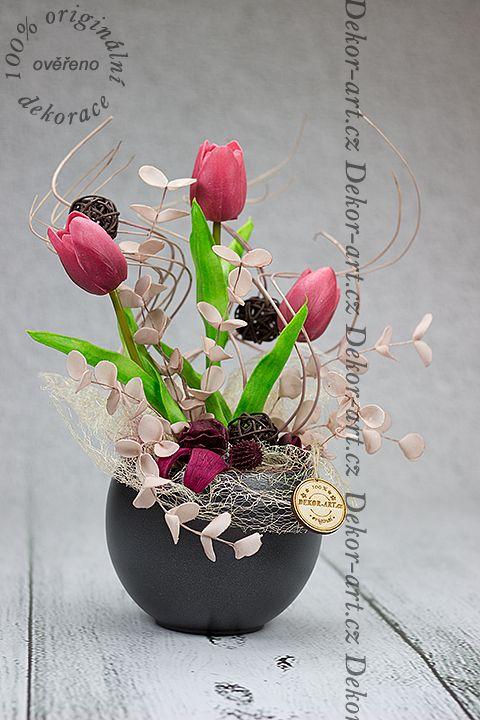#Jarní #ozdobná #květinová #vazba.