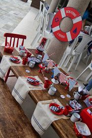 Cupcakes Las Pitangas     Bolo delícia Las Pitangas     Detalhes da mesinha infantil de marinheiro...        Cartõezinhos para organiz...