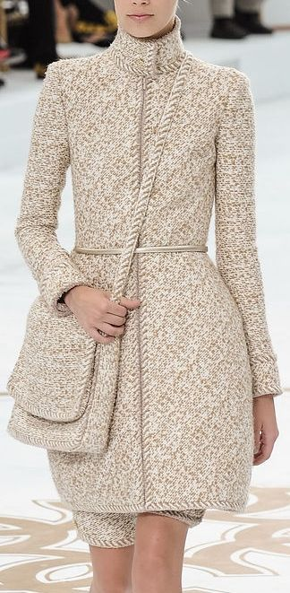 Chanel Couture                                                       …