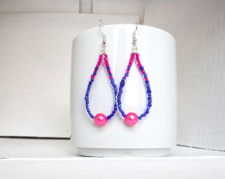 orecchini a goccia con perline blu rosa e perla rosa fluo / earrings : Orecchini di elenalucc  #earrings