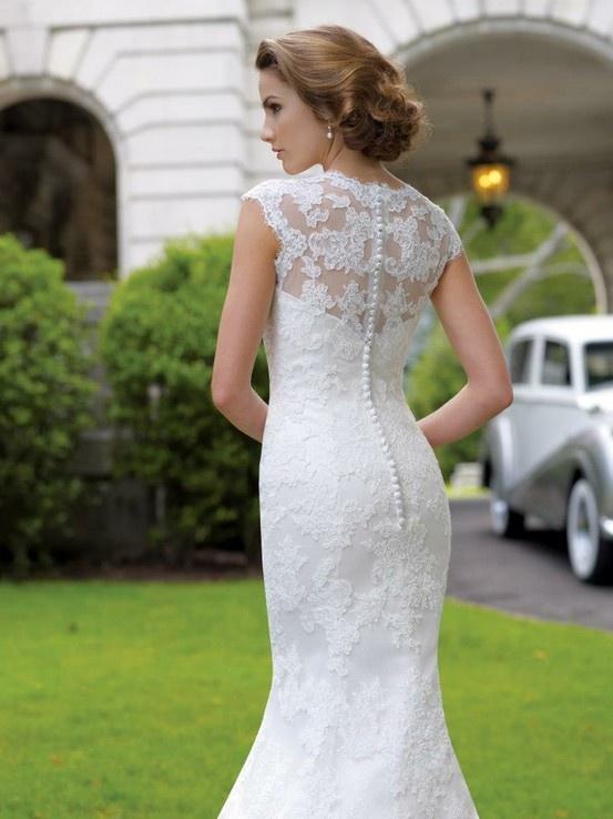 293 best mermaidtrumpet fit n flare wedding dresses images on pinterest