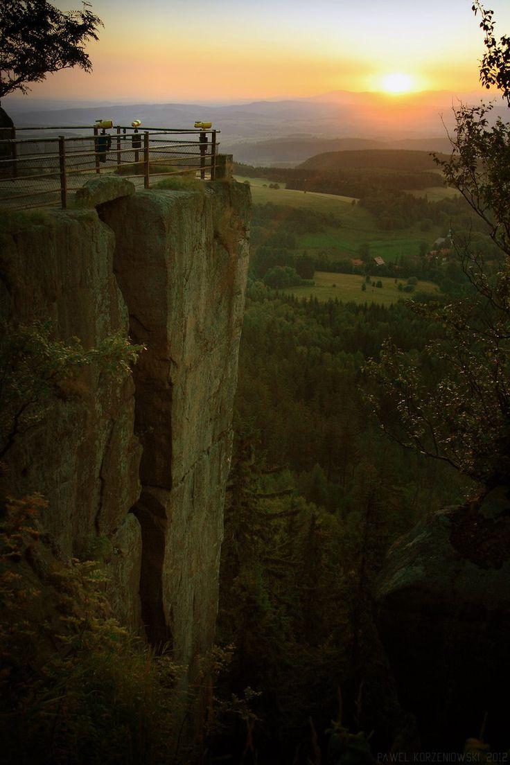 Secret Garden / Stołowe Mountains, Poland by: Paweł Korzeniowski