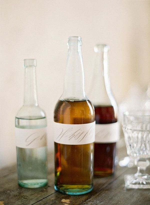 Dress up a drink with a clean and refreshing label.
