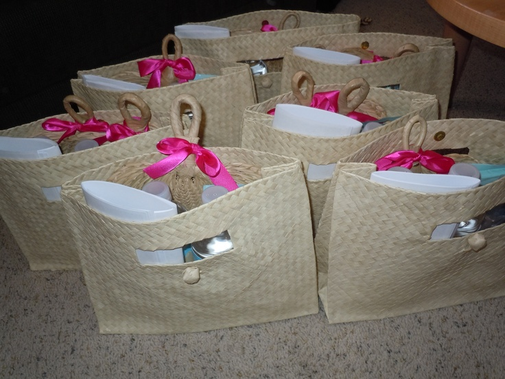 Gifts For Out Of Town Wedding Guests: 292 Best Images About OOT Bags -Out Of Town Guest Bags On