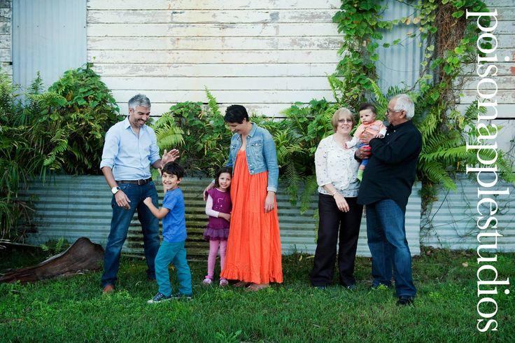 LOVE this family portrait!  #family #portraits #brisbane