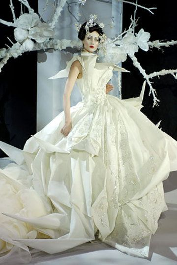 Origami Wedding | Christian Dior by John Galliano, John Galliano, fashion, catwalk, couture
