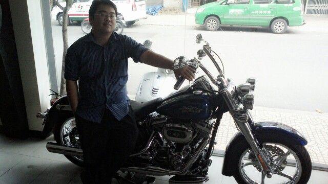 Harley davidson captian america 2014 . Nice
