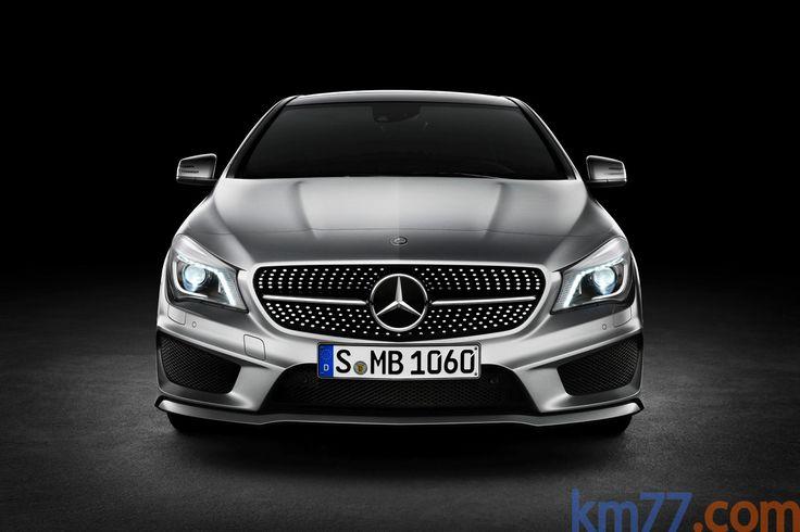 Mercedes-Benz Clase CLA CLA 250 Edition 1 (211 CV) Edition 1 Turismo Plata Polar Metalizado Exterior Frontal 4 puertas