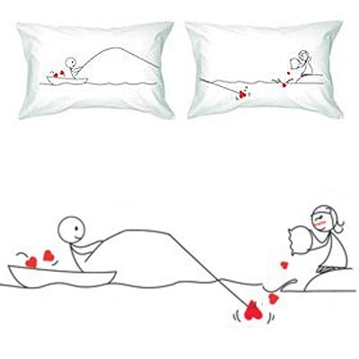 Catch My Heart Couple Pillowcases – Cute Valentines Day Gift http://www.techthisone.com/extra-ordinary-valentines-day-gift-sets/