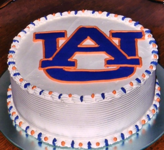 Auburn Groom Cake www.jekyllclub.com