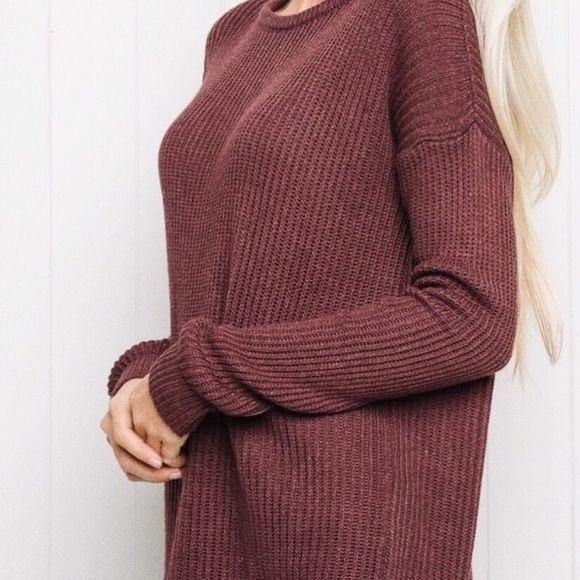 Brandy Melville Maroon Ollie BNWT • One Size • no flaws $45 shipped ️️ or Merc Brandy Melville Sweaters Crew & Scoop Necks