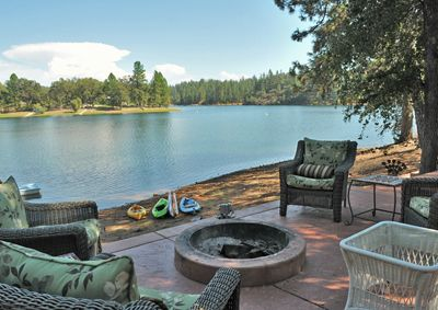 15 best Waterfront Backyard images on Pinterest | Lake ... on Lakefront Patio Ideas id=83304