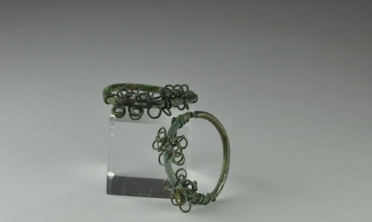 Byzantine bronze earrings, 4th-5th century A.D. Byzantine bronze earrings with attractive circles, 2.5 cm diameter. Private collection