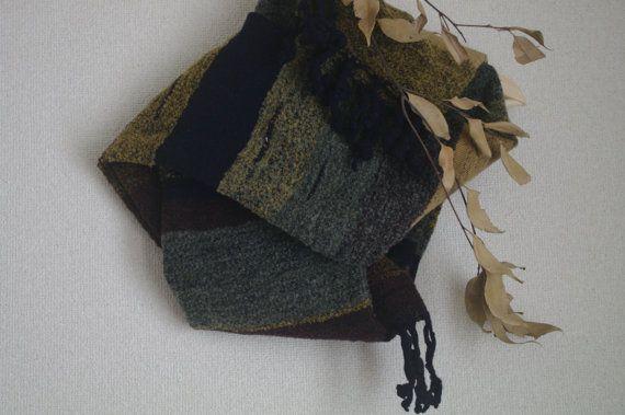 kyoto II : handwoven scarf /  wool www.etsy.com/shop/gakumoandoseera
