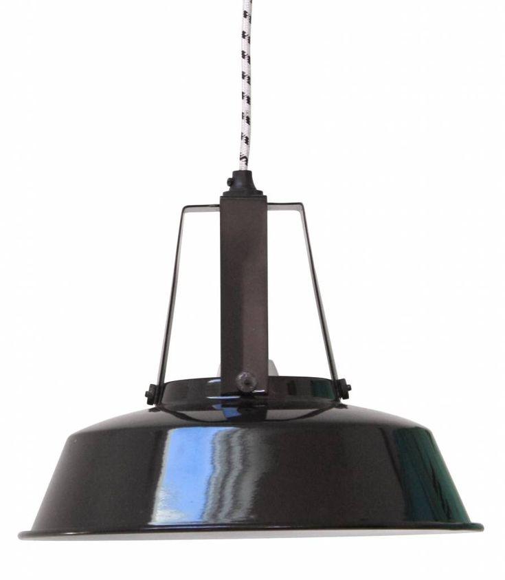 17 meilleures id es propos de lampes suspendues industrielles sur pinterest - Lampe suspendue industrielle ...