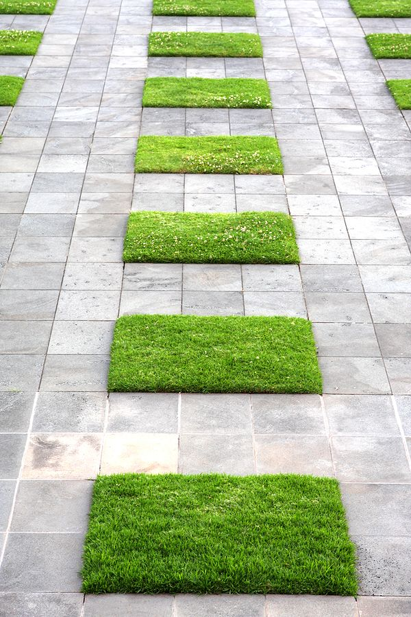 Serenity in the garden simple elegant garden design Simple paving ideas
