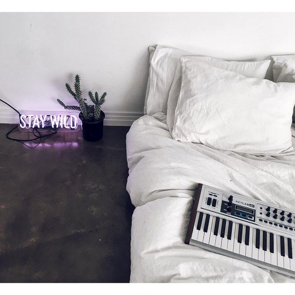 Instagram: Sleeping on the ground