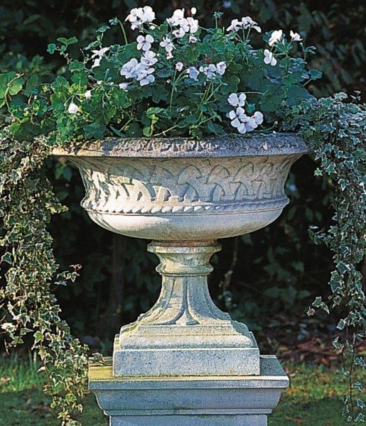Best 25 Stone Planters Ideas On Pinterest Planters