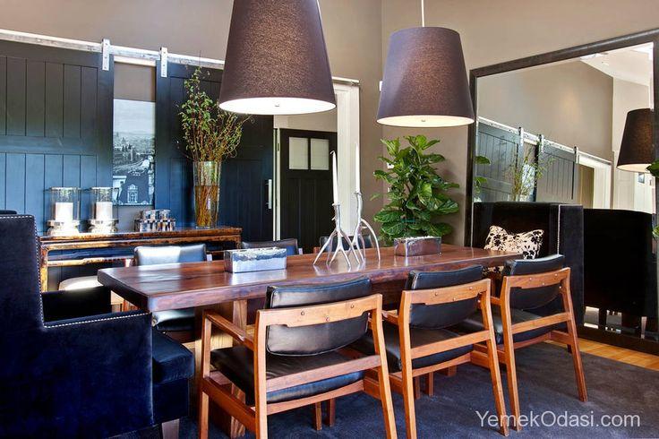 Şık ve Modern Yemek Odaları Yemek odalarınıza aksesuarlarla şık dokunuşlar yaparken mobilyalarda modern çizgilerden vazgeçmeyen tasarımlar sunacağız sizlere. Şık ve modern yemek odaları ile trendleri takip ederken zarif tasarımlardan da kendinizi alamayacaksınız.    İlk olarak sizleri siyah şık ve modern yemek odası ta ... http://www.yemekodasi.com/sik-ve-modern-yemek-odalari/