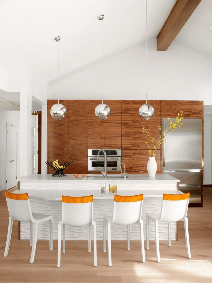 [The Modern House in Creve Coeur] I love the white textured sides, that