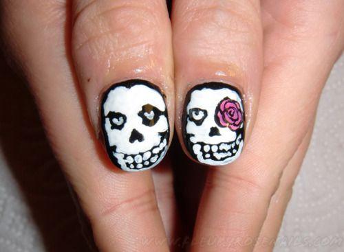 He skull, she skull.