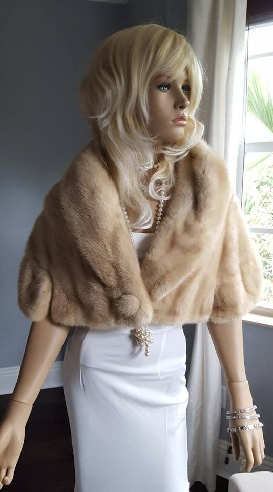 e5900be981e5a Luxury Vintage Mink Fur Stole - Bridal Fur Shawl Wrap - Beige ...