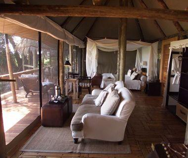 World's Best Hotels: Mombo Camp and Little Mombo Camp, Okavango Delta / Moremi Game Reserve, Botswana