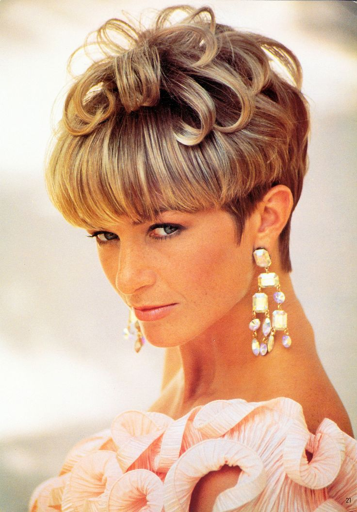 short frosted hair styles pictures page 021 crop bowlcuts amp mushrooms 1 2870 | abd788d906d67bf46a2114fd332065da frosted hair mushrooms