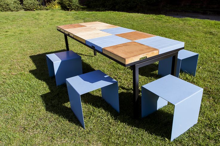 TABLE FOR A CITY / Tables may be used separately or in groups for a larger tabletop. The base form could be easily transformed by flipping the boxes that create tabletop over and making storage spaces from them. That is ideal for all kinds of workshops / fot. szajewski.com