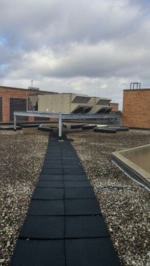 New Roof Top Units For College Of Lake County.
