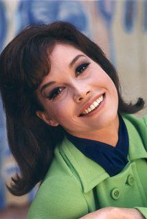 Mary Tyler Moore  Born December 29, 1936 Brooklyn, New York City Died January 25, 2017 (aged80) Greenwich, Connecticut Education Immaculate Heart High School Occupation Actress Yearsactive 1957–2015 Spouse(s) •Dick Meeker (m.1955–61) •Grant Tinker (m.1962–81) •Robert Levine (m.1983; her death2017) Children 1
