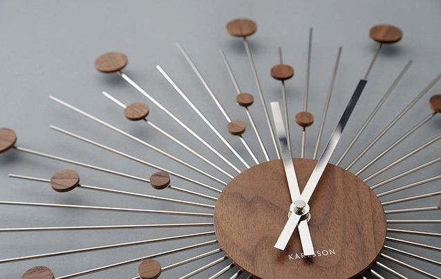 Zegar ścienny Remote Disc wood Karlsson