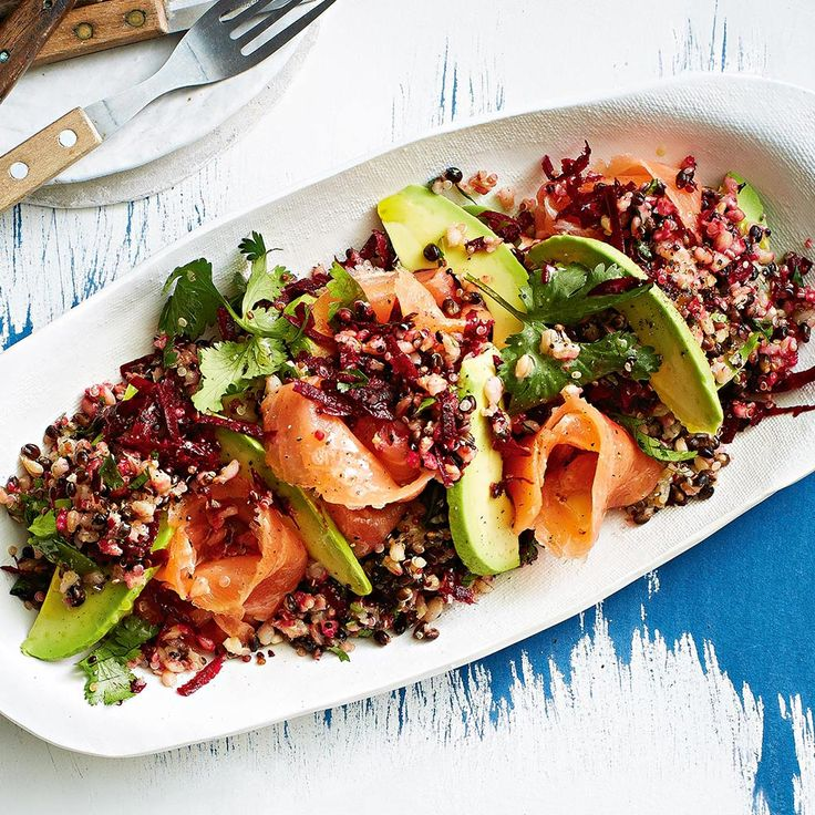 Barley & Quinoa Salad with Smoked Salmon 👌 *drools* 🤤