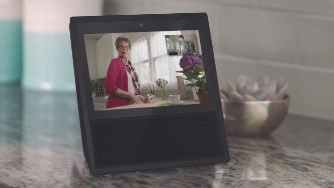 YouTube returns to the Amazon Echo Show
