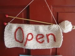 A must have for my future yarn shop!!!... (yes I want my own store!!! right after my first book!!!)
