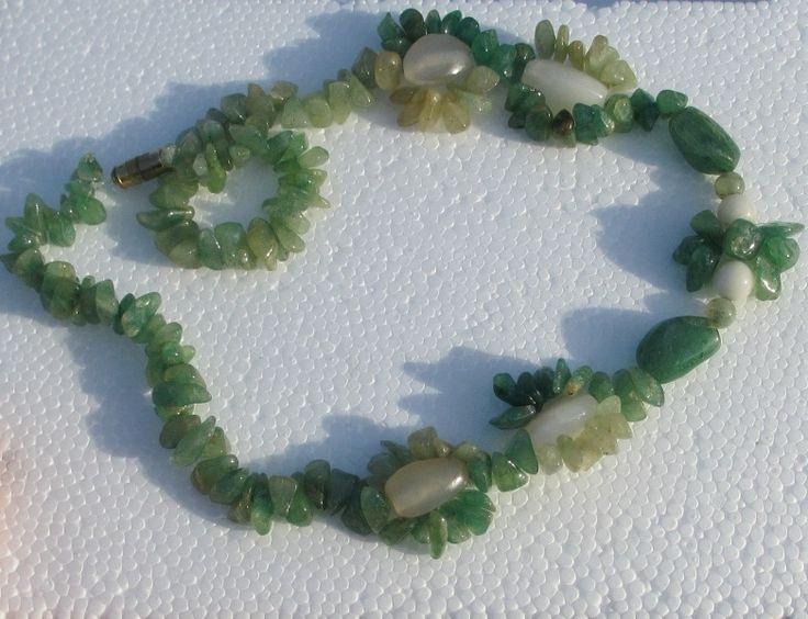 Edelsteen ketting, chalcedoon, aventurijn, jade van Jewellery by Zilvera - silver, stones and fun op DaWanda.com