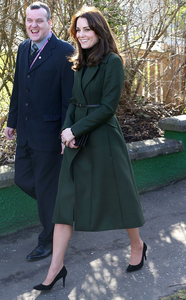 Kate Middleton from The Big Picture: Today's Hot Pics  Now that's royalty! The Duchess is seen looking refined in a hunter green coat in Edinburgh, Scotland.