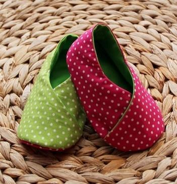 Green Balls Shoes / Sapatos Bolas Verde