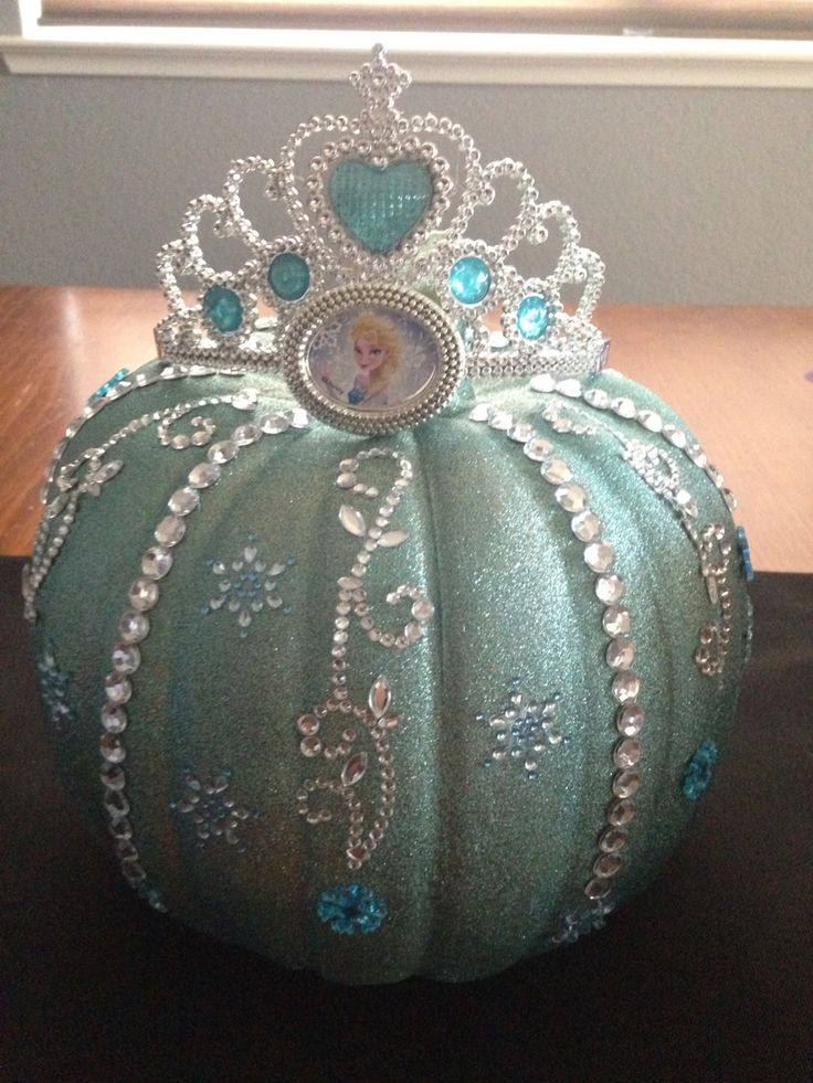 Elsa pumpkin. Frozen Halloween - pumpkin