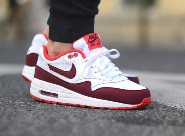 air max 1 essential rouge et blanche