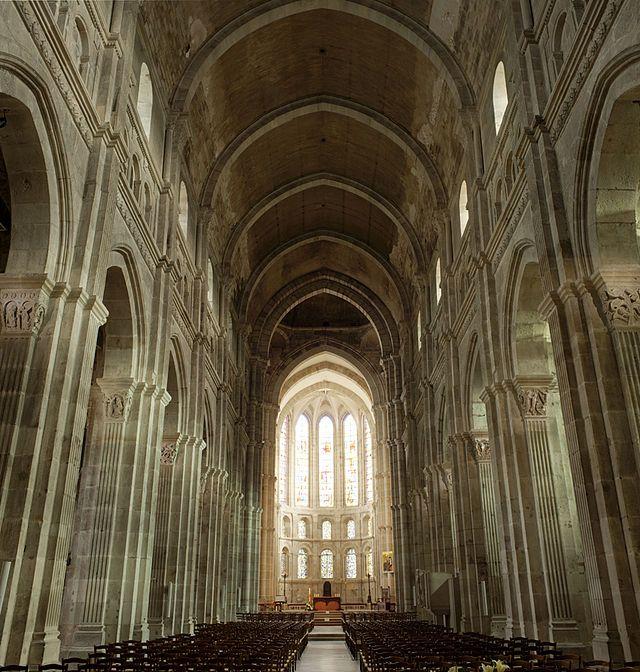 Catedral de San Lázaro de Autun (Borgoña). Interior.