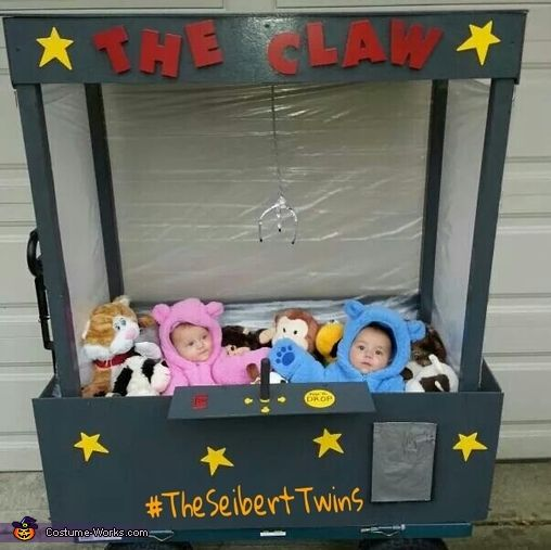 Adam: Our 1 year twins, Aubrey and Preston, are in this Daddy-built costume The Claw! I used a yard wagon and built the frame out of 2×2s and 1/4 plywood. I...