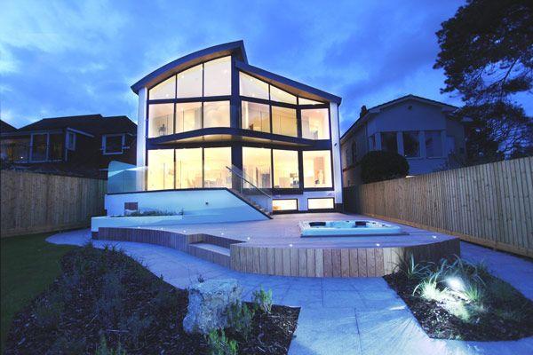 Una casa frente al mar en Inglaterra a puro diseño...