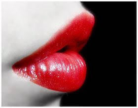 Pampering With Pleasure: Lets look at Lips!!