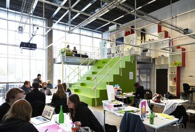 Innovative Classroom Architecture ~ Designlab is an innovative and modern classroom at the it